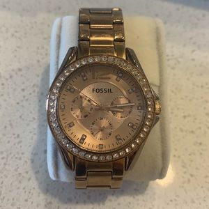 Fossil Women's Rylie watch in Rose Gold